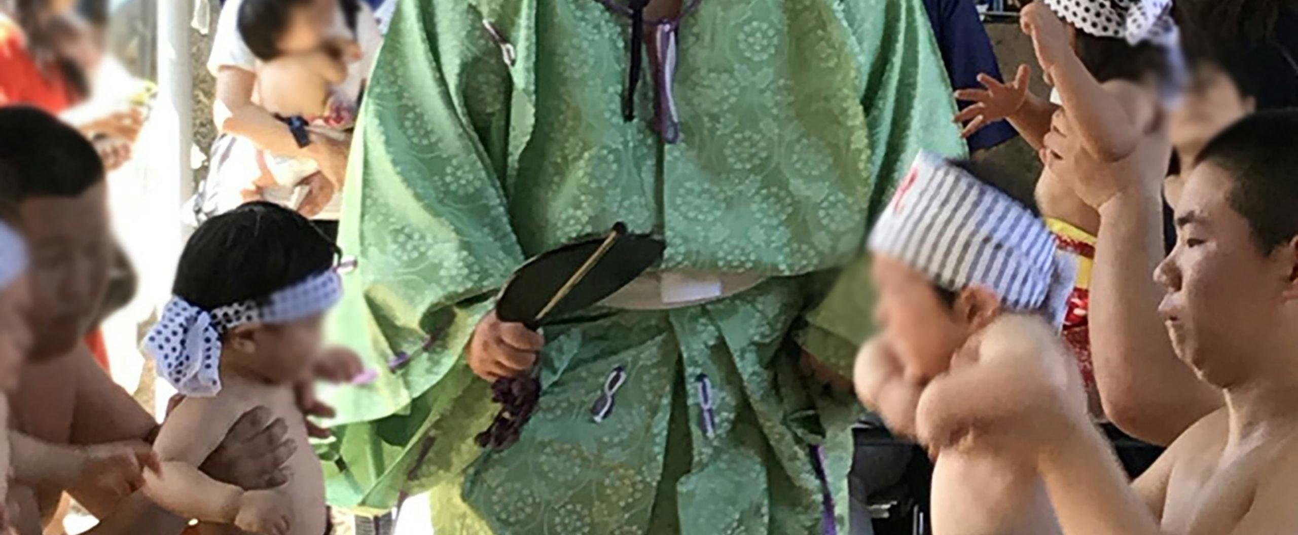 加古川初!国宝・鶴林寺泣き相撲奉納公式ホームページです。泣き相撲奉納とは赤ちゃんを授かったことに感謝すると共に健康と成長を祈願する日本伝統行儀です。